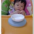 嬰兒用餐強力吸盤架試用結果 (8)