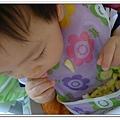 嬰兒用餐強力吸盤架試用結果 (10)