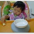 嬰兒用餐強力吸盤架試用結果 (15)