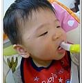 香蕉牙刷Baby Banana Brush試用
