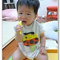 香蕉牙刷Baby Banana Brush試用 (5)