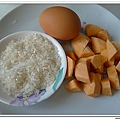 父親節副食品-番薯蛋黃米餅+燙青花椰菜 (2)