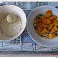 父親節副食品-番薯蛋黃米餅+燙青花椰菜 (3)