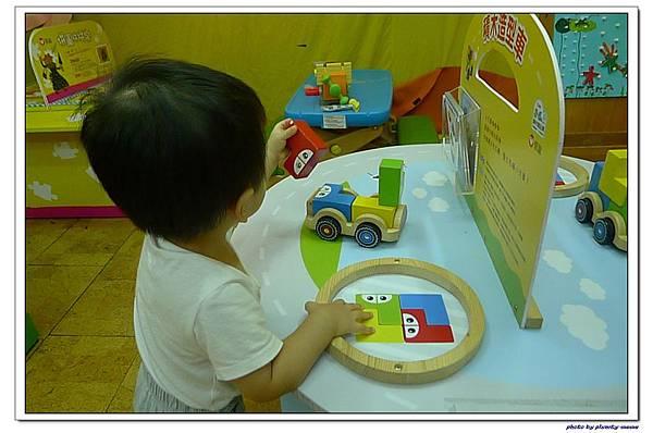 信誼遊戲室-積木造型車 (2)