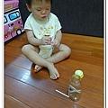 13M29D-自製教具(奶瓶加吸管) (6)