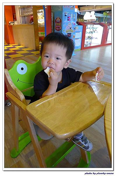 棒恰恰親子歡樂餐廳-吃稻鴨米餅 (2)