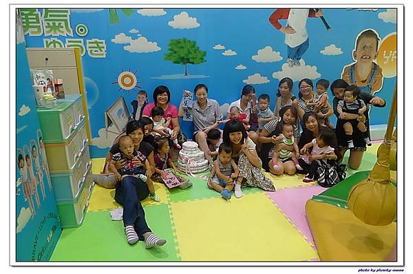 台中文心家樂福遊戲愛樂園-媽媽寶寶聚會 (59)