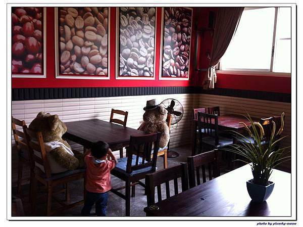 樺鄉咖啡莊園-室內餐廳 (13)