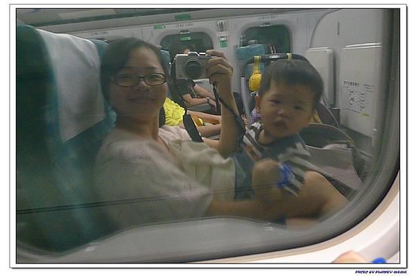 台北流浪行-母子倆高鐵初體驗 (10)