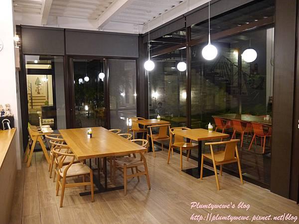 自然捲-一樓咖啡館 (7).JPG