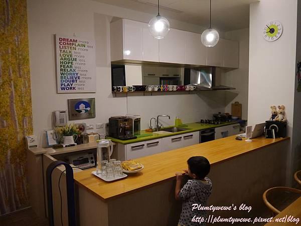 自然捲-一樓咖啡館 (8).JPG
