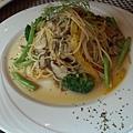 特級橄欖油清炒季節時蔬野菇義大利麵 (3)