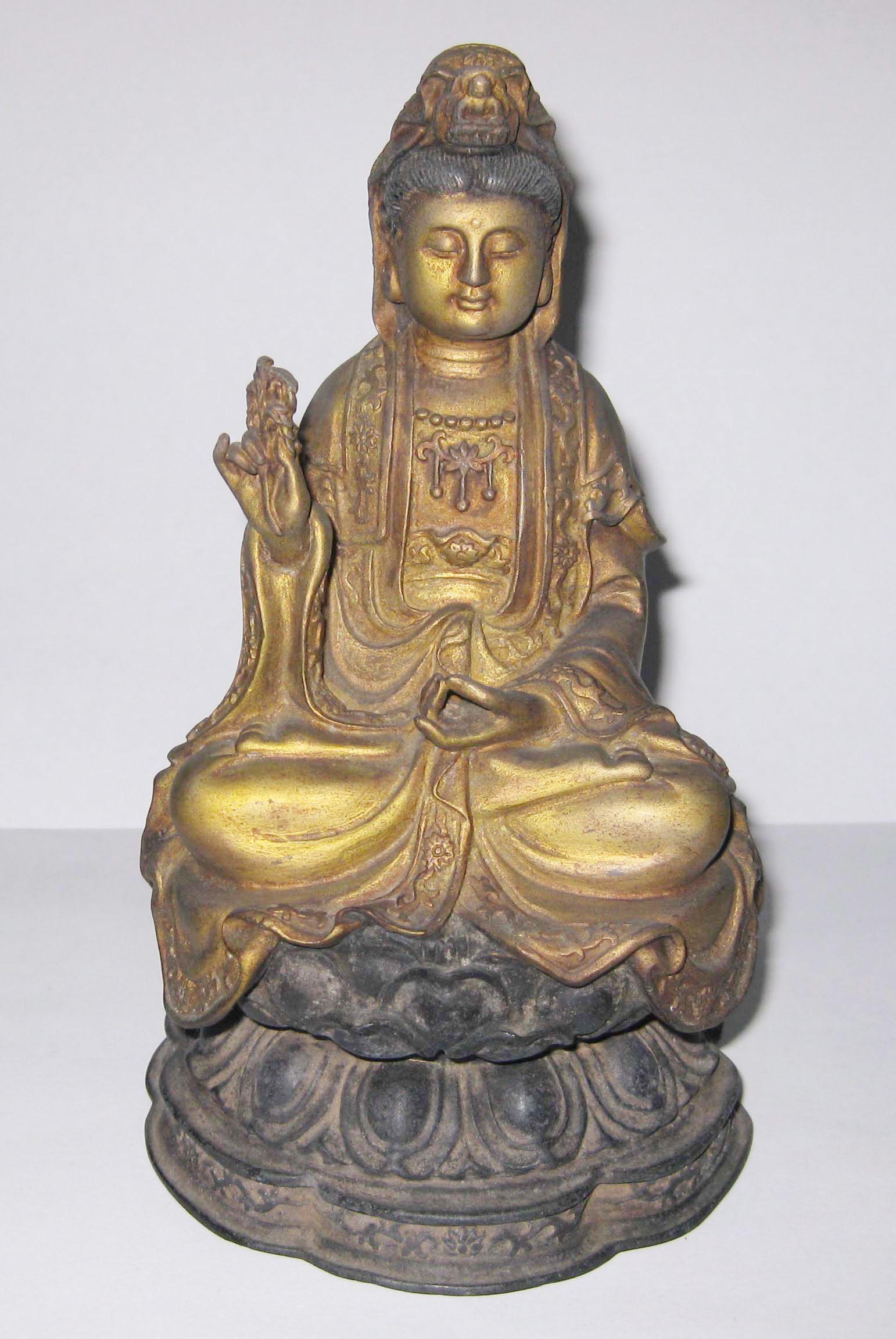 鎏金銅佛有很高的藝術收藏價值--鄭松維攝拷貝