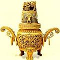 竹雕發展到明清時期大盛,漢族竹刻家們雕刻技藝的精湛,超越了前代