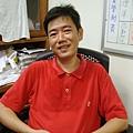 接受《多汁報》專訪的阿榮片廠經理林國勝 (攝影 方水享)