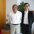 本報發行人與劉興欽老師(左)攝於淡水劉宅