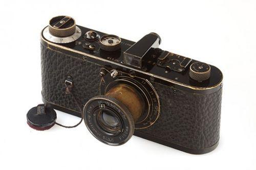 徠卡(Leica)Null-Serie 的古董相機拍賣價很高