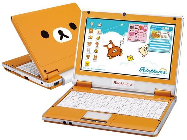 動漫文創商品的消費者年齡層逐年拉大,圖為對粉絲來說可愛到融化人心的「拉拉熊筆電」的夢幻文創商品