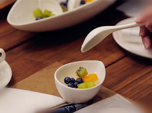 廖婉絨中醫師分享一道適合現代人的獨門燕窩養生秘帖---活力即食水果燕窩。