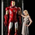 日本玩具商BANDAI (萬代)推出一比一的3D牆飾人形「鋼鐵人 Mark-VII」
