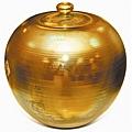 柴燒陶熱潮讓許多台灣陶藝家嚐到陶藝作品被高價收藏的甜頭
