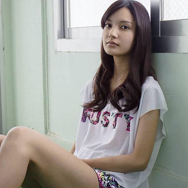 沖繩少女Arisa;攝影:沈平林  (擷自Jimmy Ming Shum 粉絲頁)