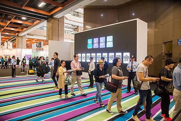 2015台北國際藝術博覽會於全球景氣低迷的情況下總參觀人次仍逆勢成長高達4.7萬人