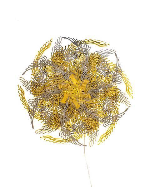 崔旴嵐 Choe U Ram 金色脈輪花燈 Gold Cakra Lamp 18(h)x55(O)cm 2013 金屬材料、機械、電子器件(中央處理器板、馬達、LED燈) Metalic material, machinery, electronic device (CPU board, motor, LED)