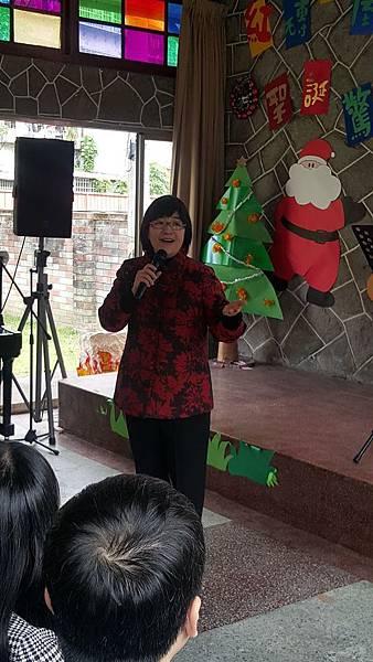 新北市社會局局長張錦麗蒞臨現場致詞