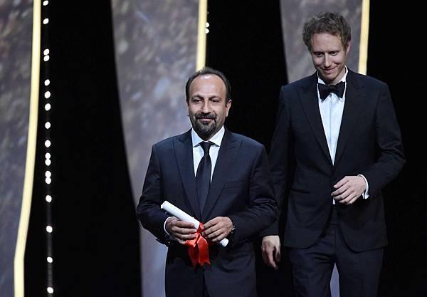 《新居風暴》導演阿斯哈法哈蒂勇奪坎城影展最佳劇本獎
