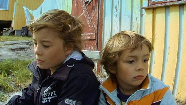 《奧斯陸少年有點煩》的小兄弟檔在成長過程中總有一些屬於少年的煩惱