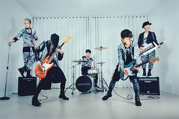「台灣爽」樂天挺過解散風潮,首張創作專輯「樂活練習曲」正能量爆發