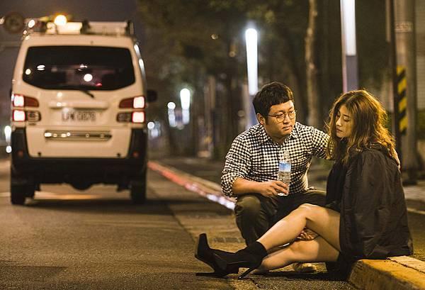 華聯國際提供05納豆此次飾演的角色方智凱是個暖男,貼心照顧身邊的兩個女生