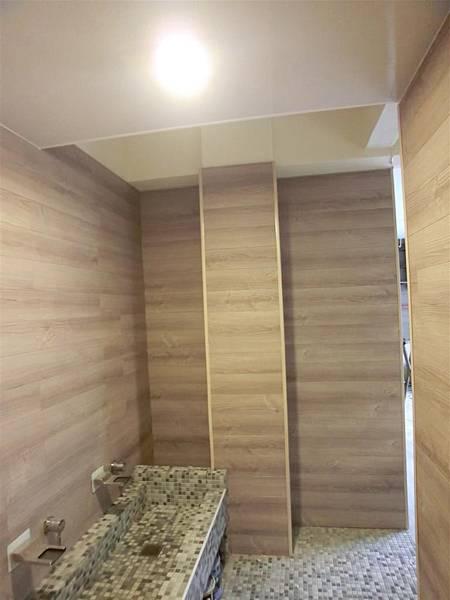 忠孝東路商空廁所-10(防水地板TS-67紫香衫)