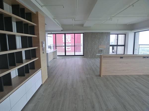 竹北豪宅-1(46坪法國阿爾薩斯619薩丁尼亞橡木)