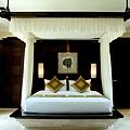 Cliff-Villa-Bedroom1.jpg