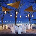 Group Dining at Arwana Beach
