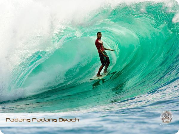 Padang Padang Beach 1.jpg