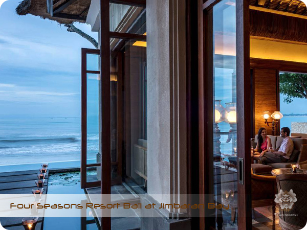 Four Seasons Resort Bali at Jimbaran Bay SUNDARA BAR.jpg