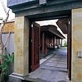 47-Villa Entrance.jpg