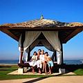 Beach-Bale---family.jpg