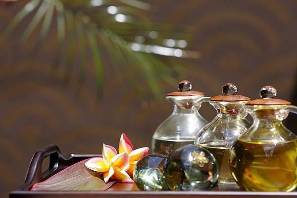Remede Spa - Oil Set.jpg