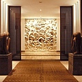 10-Hotel Lobby.jpg