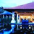 GHB - Lobby Ponds.jpg