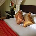 rooms019.jpg
