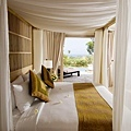 Ocean Villa Bedroom_resize_resize.jpg