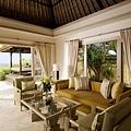 Ocean Villa Living Room_resize_resize.jpg