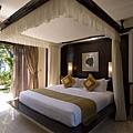Cliff-Villa-Bedroom_resize.jpg