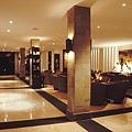 12-The Lobby Lounge.jpg