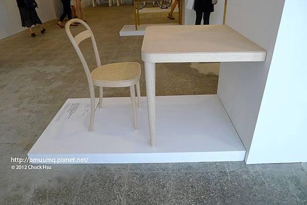 無塗裝的曲木椅 回歸原點(物的八分目設計展)